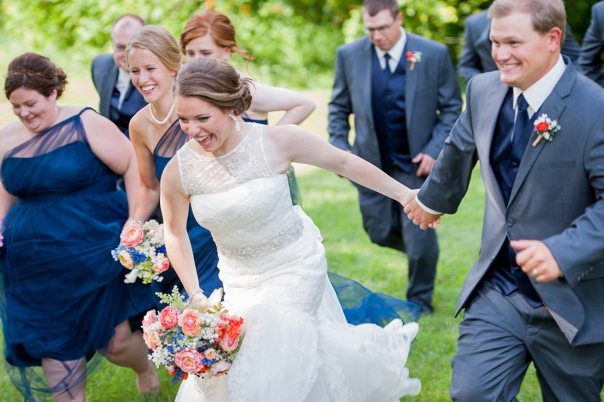 Navy, gray and peach wedding colors. Kris Kandel Photographer