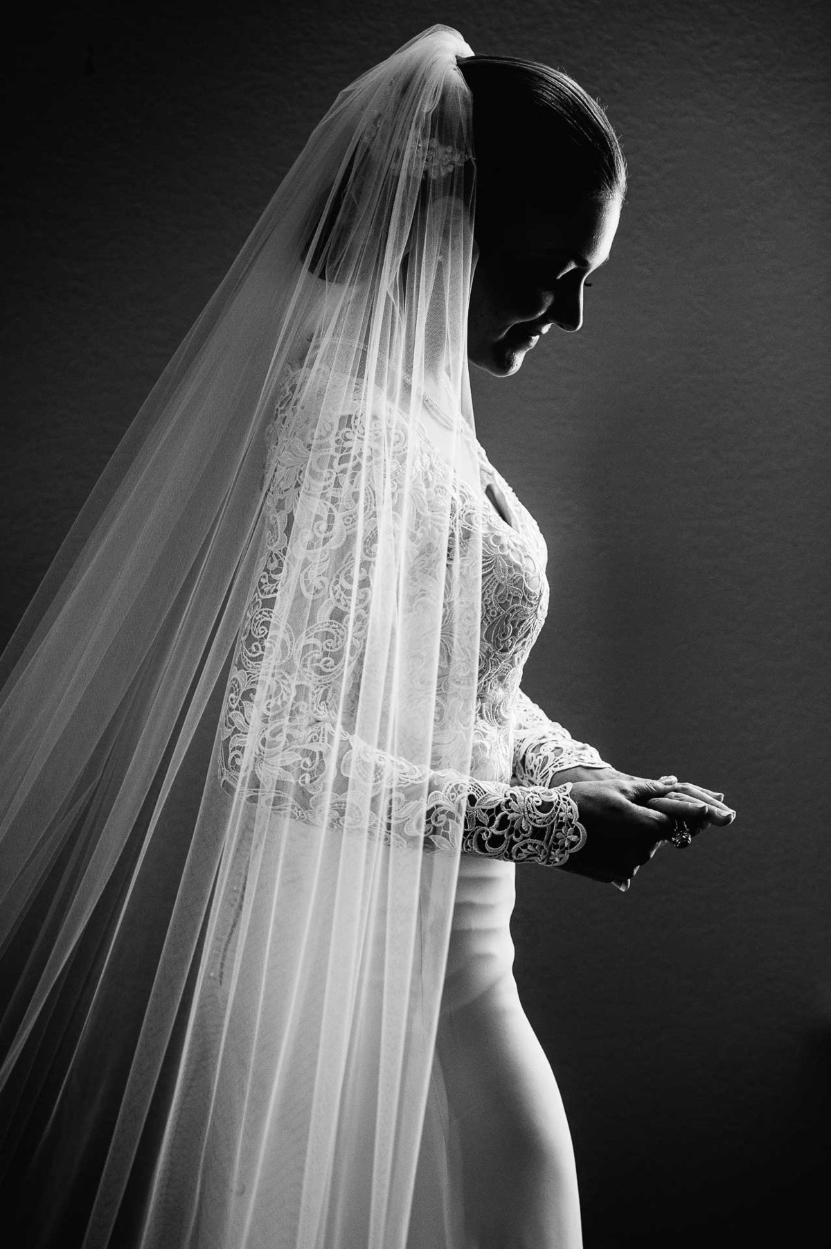 bride portrait at gadsden hotel in douglas by stephane lemaire photography