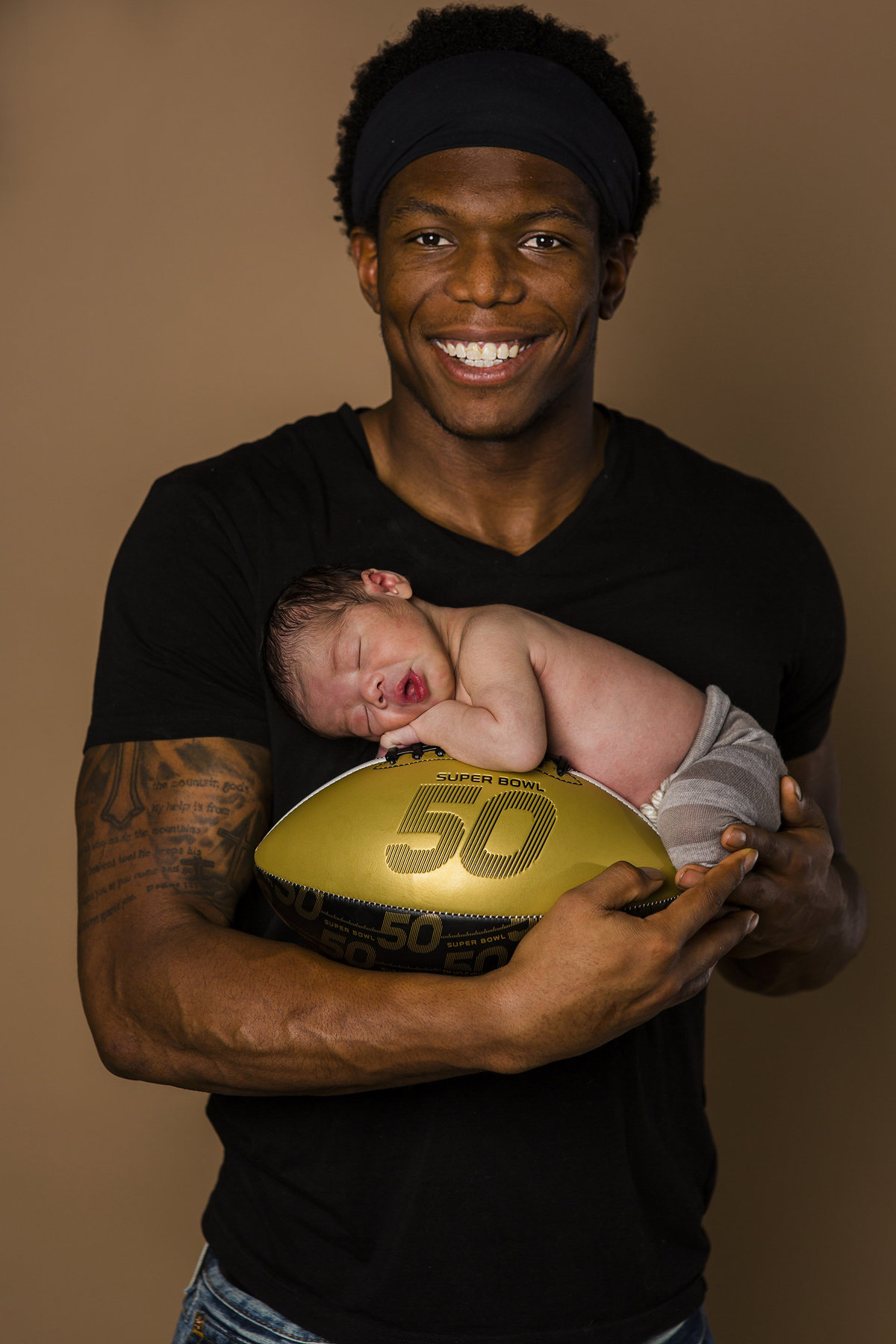 Newborn Photographer Broncos