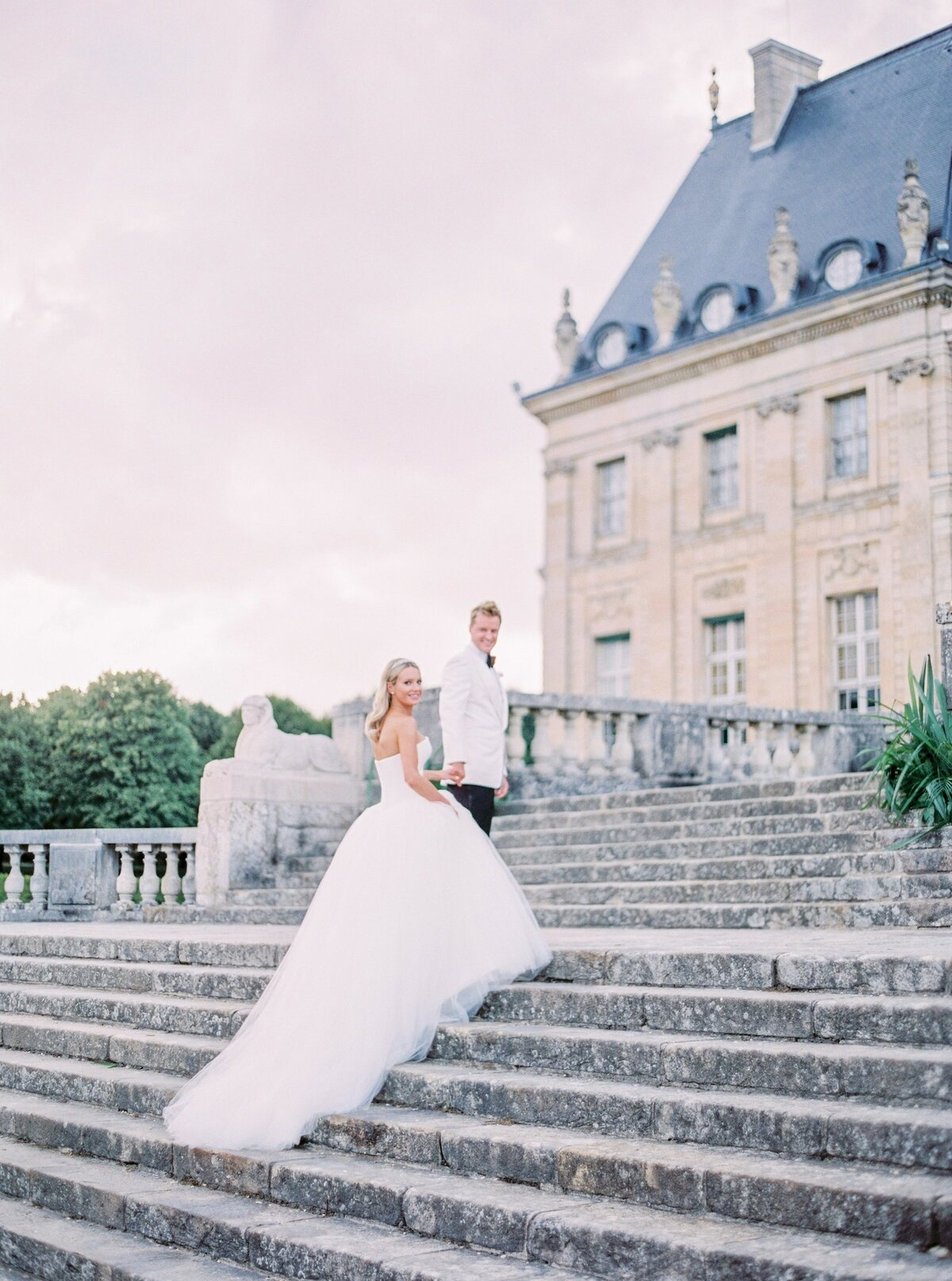 vaux-le-vicomte-luxury-wedding-phototographer-in-paris (41 of 56)