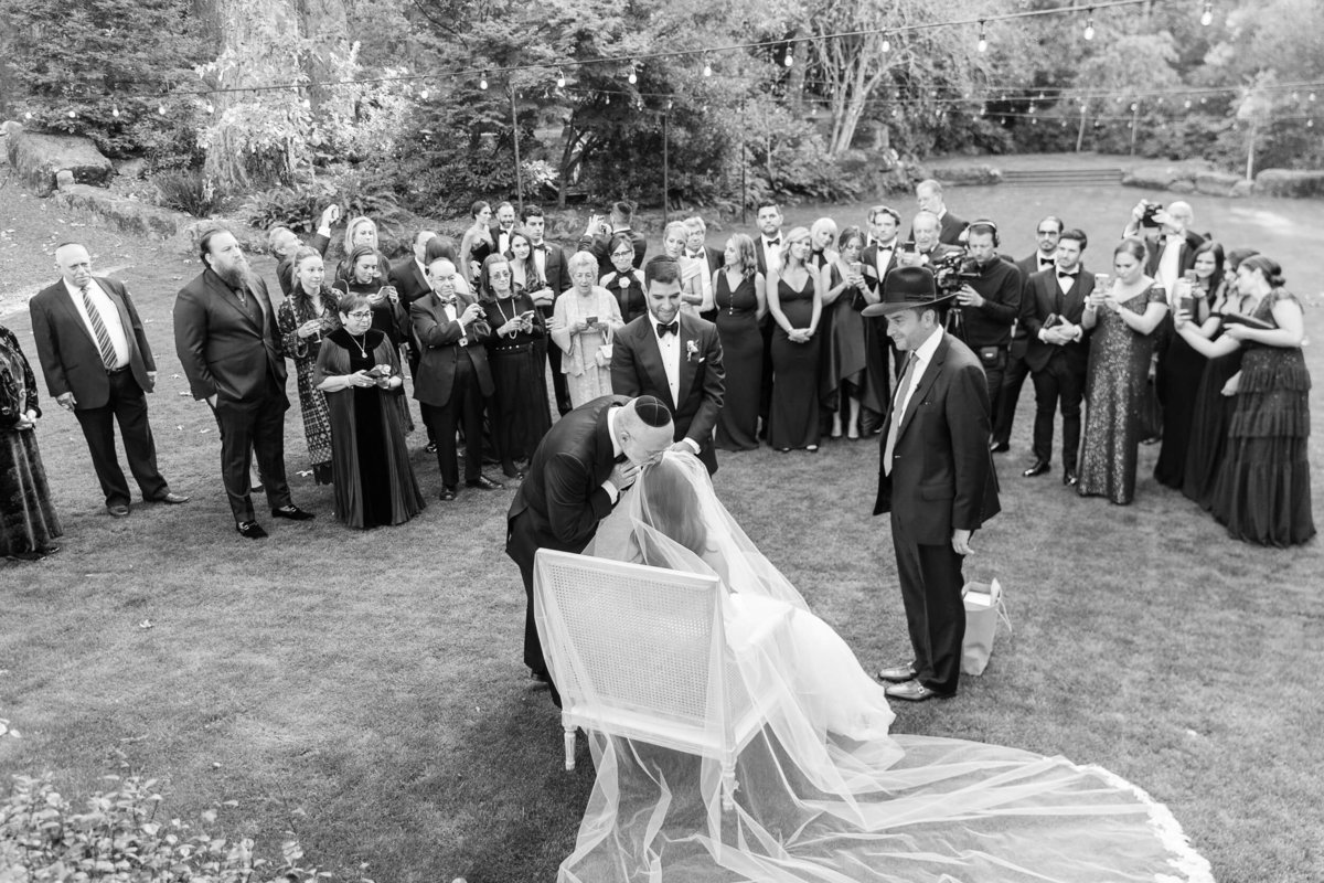 54-KTMerry-weddings-Jewish-ceremony-Meadowood-Napa-Valley