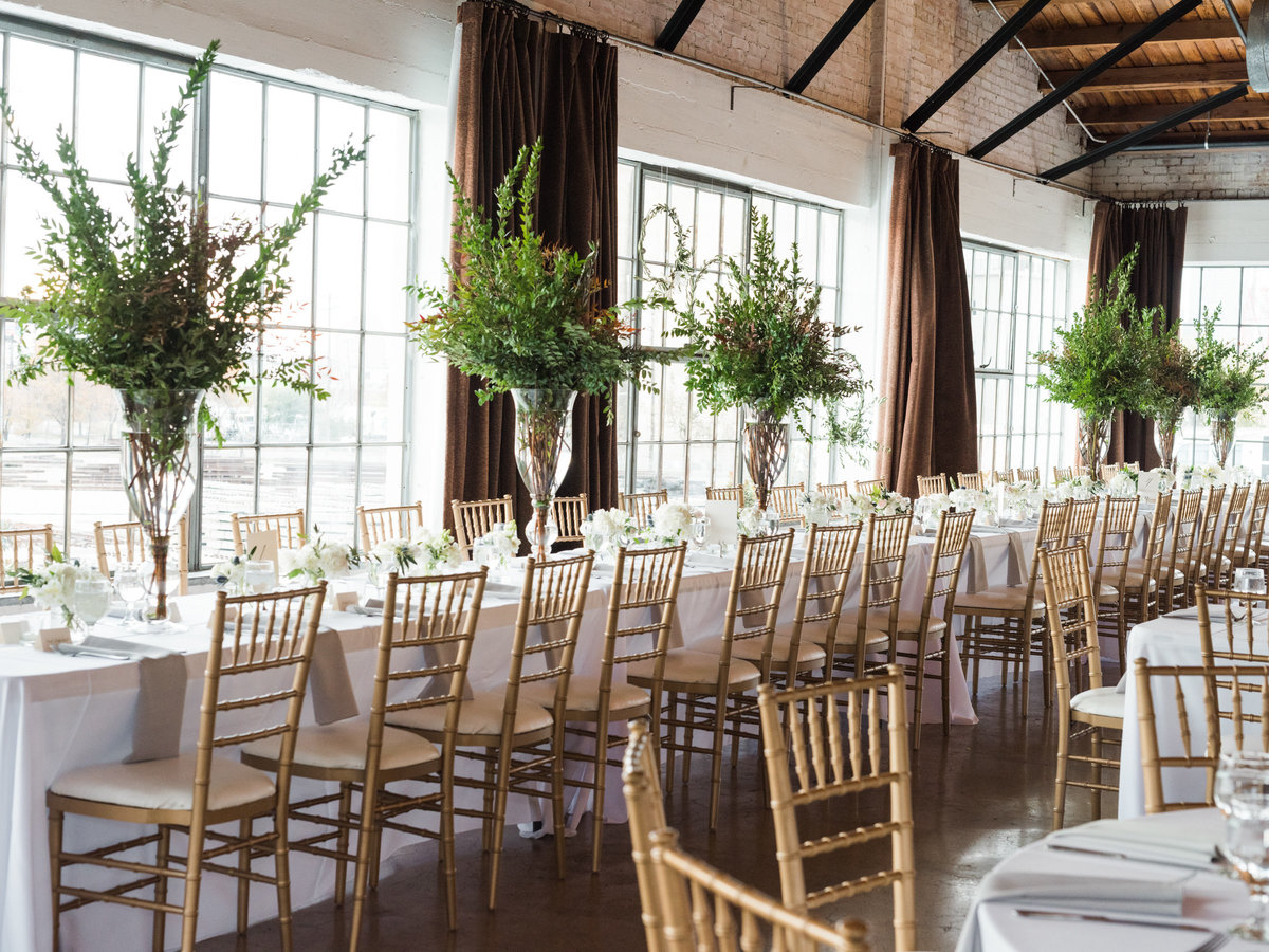 Courtney Hanson Photography - Festive Holiday Wedding in Dallas at Hickory Street Annex-1216