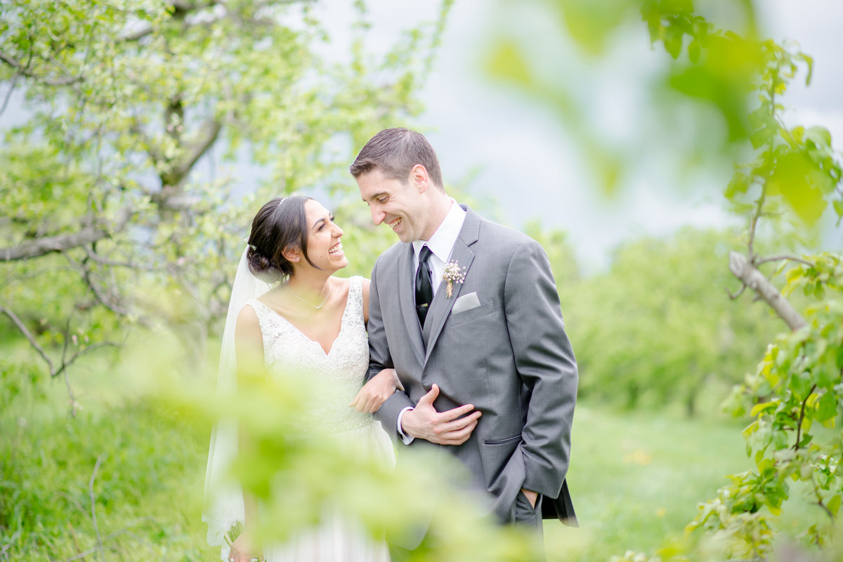 Rustic Barn Wedding Pennsylvania-Rodale Institute Wedding Raquel and Daniel Wedding 22025-19