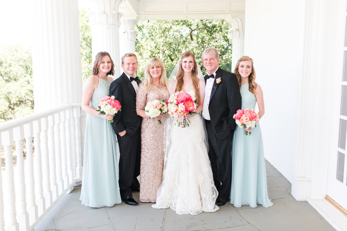 Dallas Wedding Photographers | Sami Kathryn Photography | Portfolio: Ashley & Karl | Lone Star Mansion in Burleson