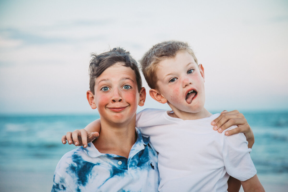 surfside beach family photography (16 of 41)