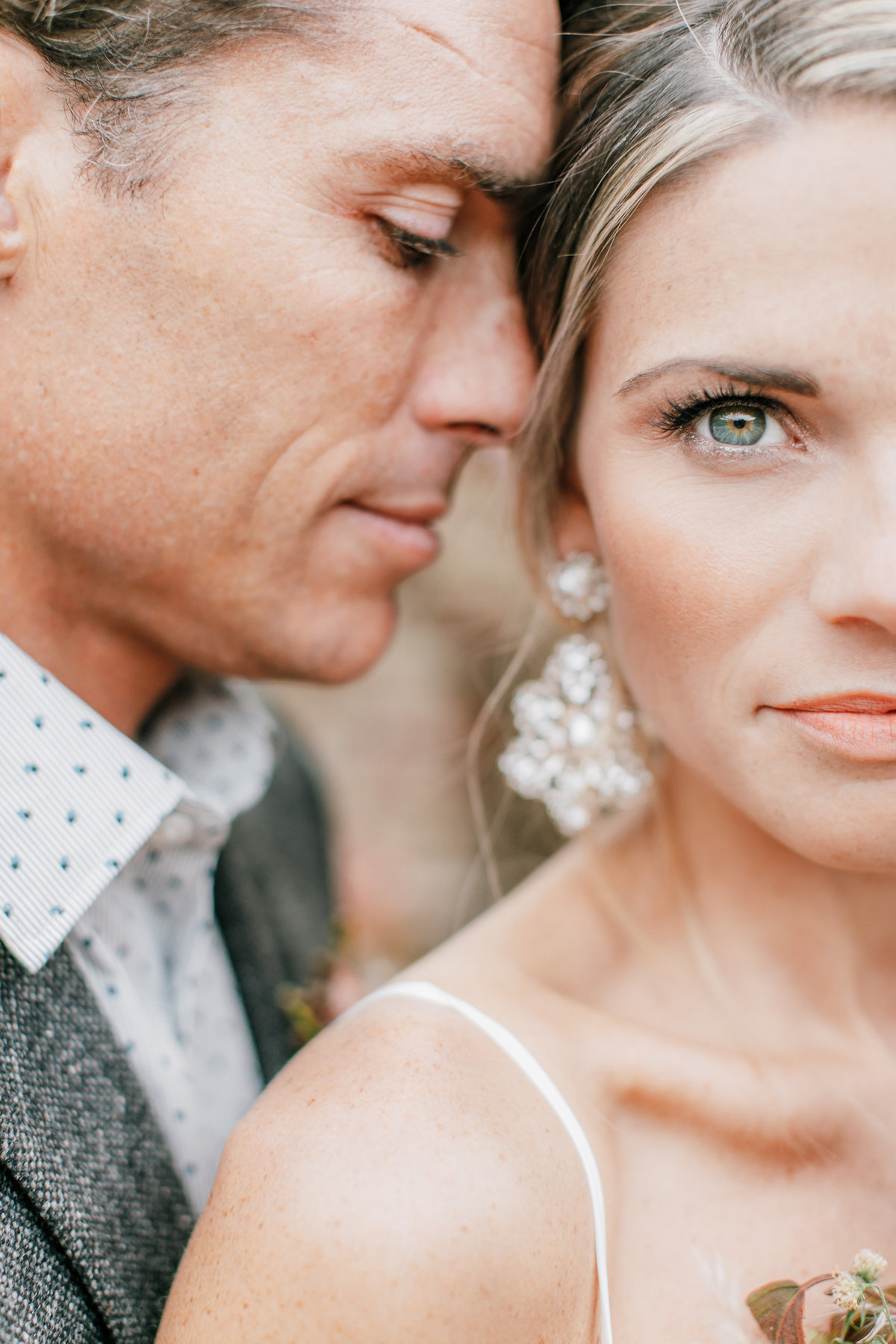 Magdalena Studios Bohemian Stylish and Chic Fall Wedding at Terrain Anthropologie_62
