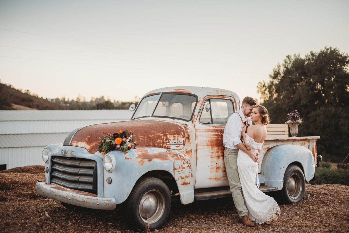 Rustic wedding with bride and groom by Dallas Wedding Photographer