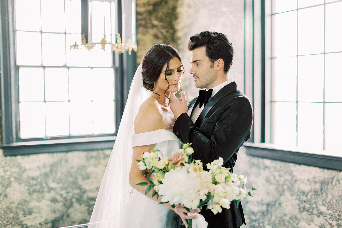 Elegant Elopement at the Mason Dallas (10)