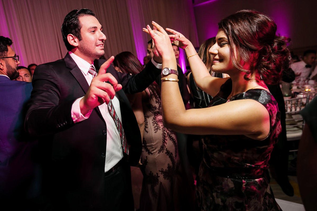 179-hotel-irvine-wedding-photos-sugandha-farzan