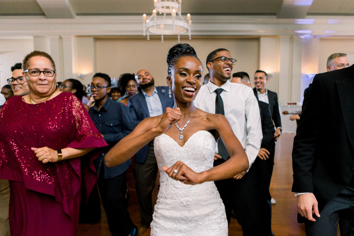 A joyful, romantic wedding at the Historic Swan House in Atlanta, Georgia