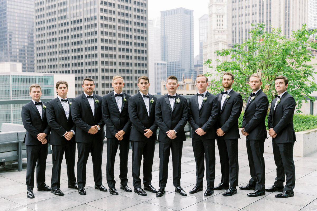 Downtown Chicago Wedding Photographer_Shauna and Jordon Photography008