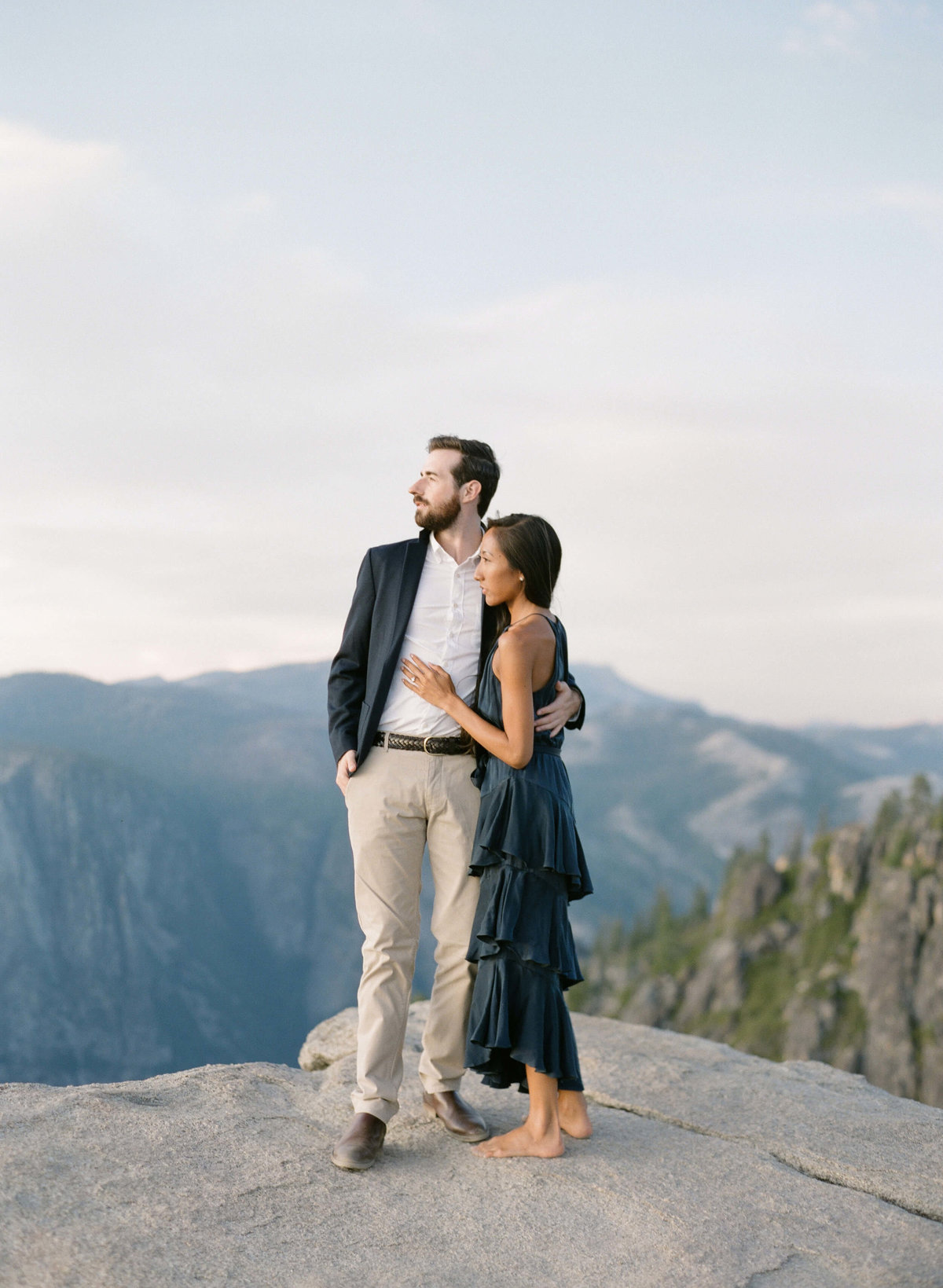 80-KTMerry-destination-engagement-photography-climb-Yosemite-mountains