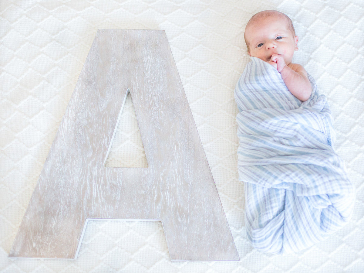 Laura-Klacik-Photography-Lifestyle-Newborn-Photos-2