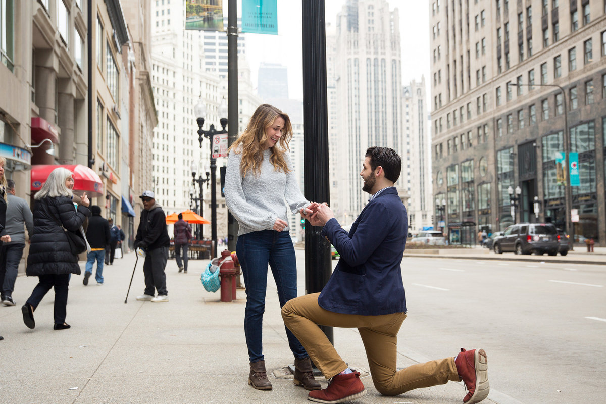 Chicago Surprise Engagement Photographer Taylor Ingles 2