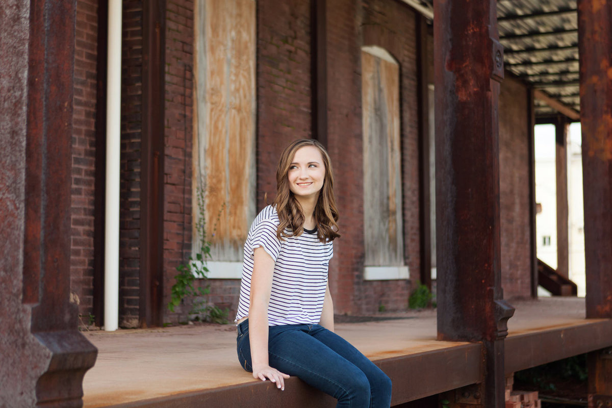 L Photographie St. Louis city senior pictures 13