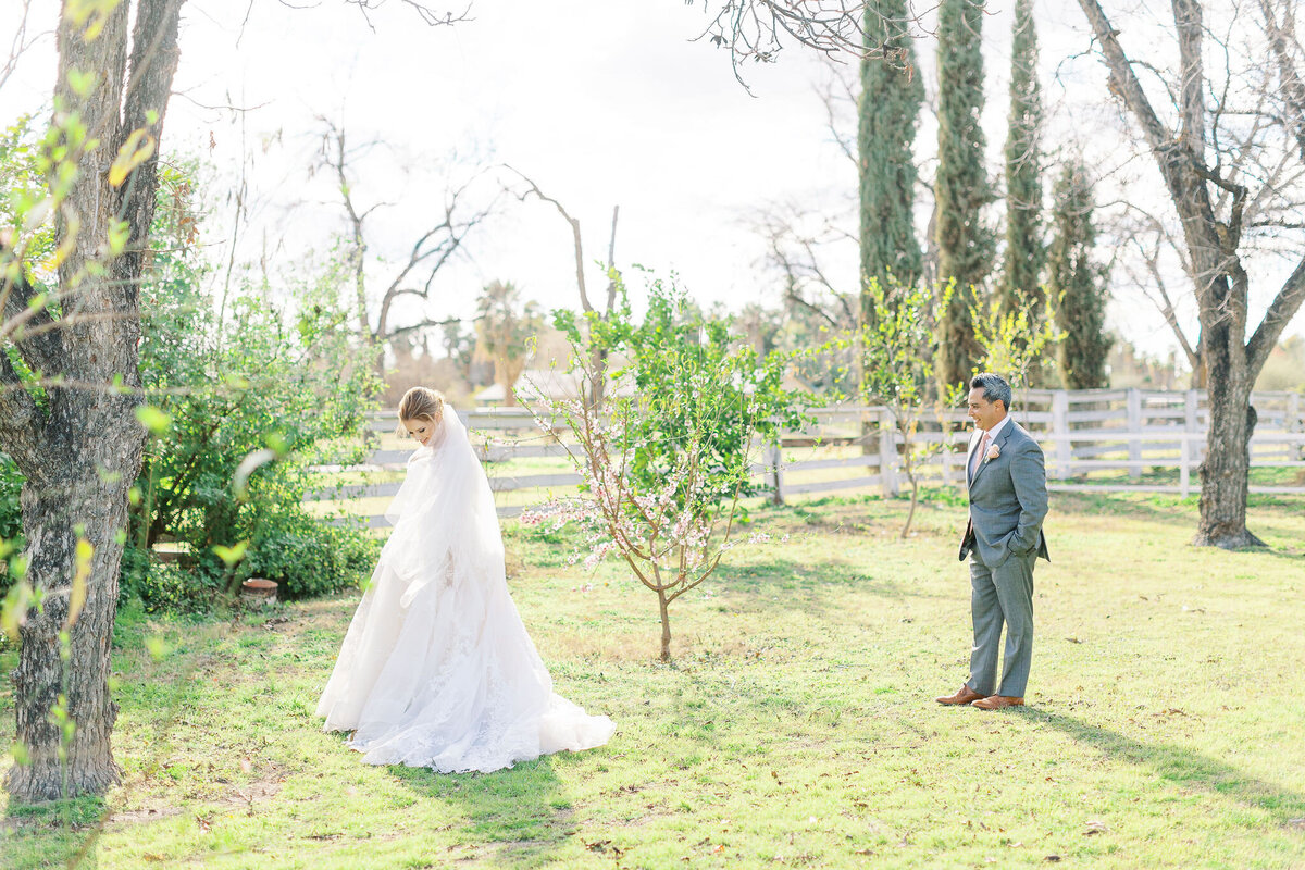 Farm-South-Mountain-Outdoor-Wedding-Mesa-Gilbert-Arizona--80