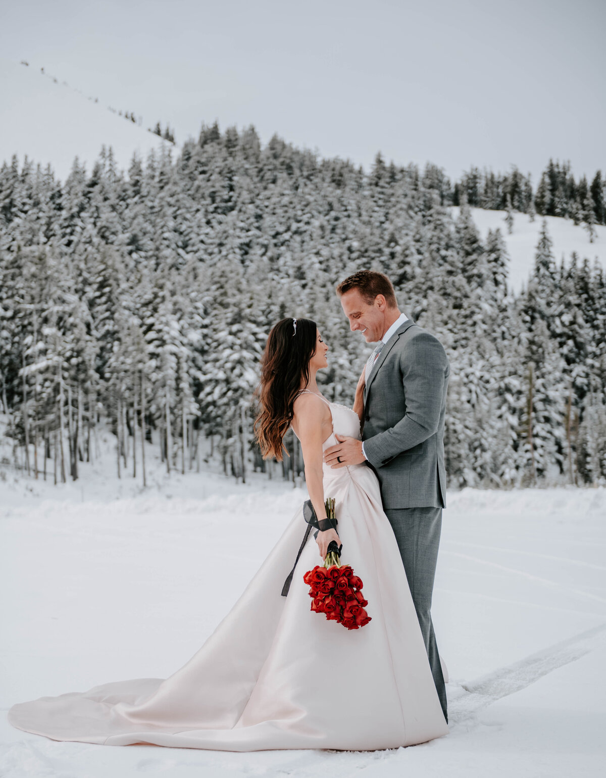 mt-bachelor-snow-winter-elopement-bend-oregon-wedding-photographer-2055