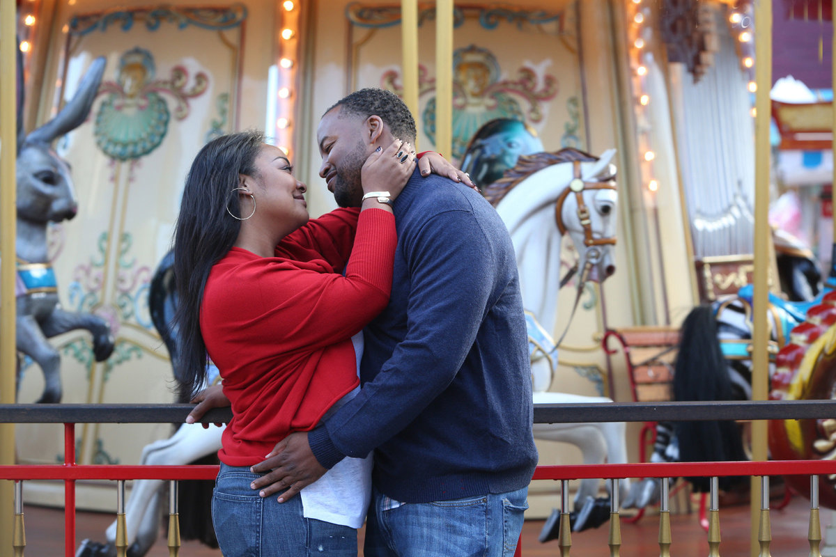merry go round engagement session