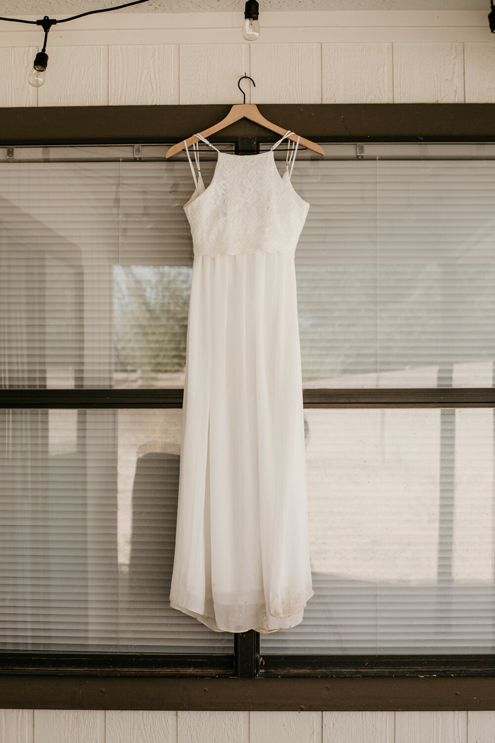 wedding-dress-rentals-for-styled-shoots-elopement-photographer-15