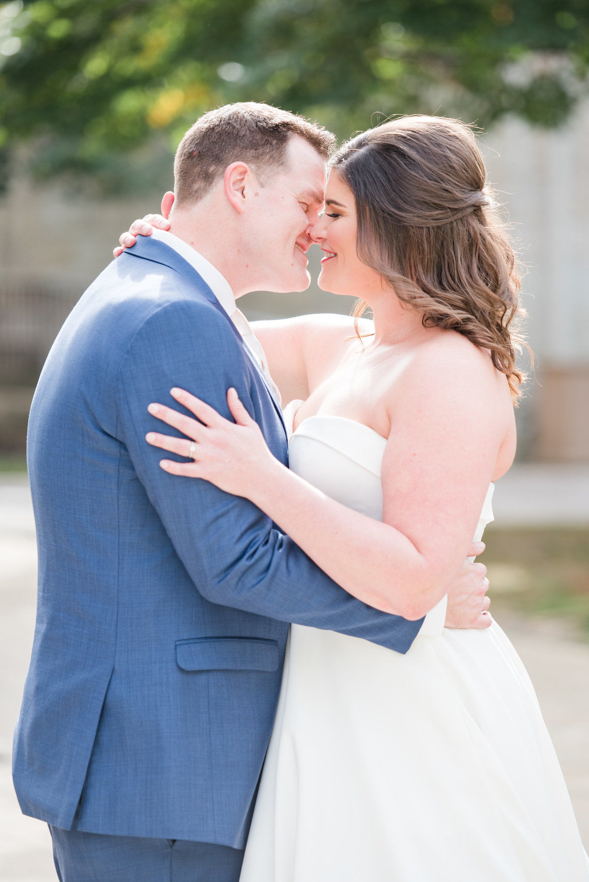 Newlywed Portraits Cait Potter Creative LLC Milltop Potters Bridge Noblesville Square Courthouse Wedding-18