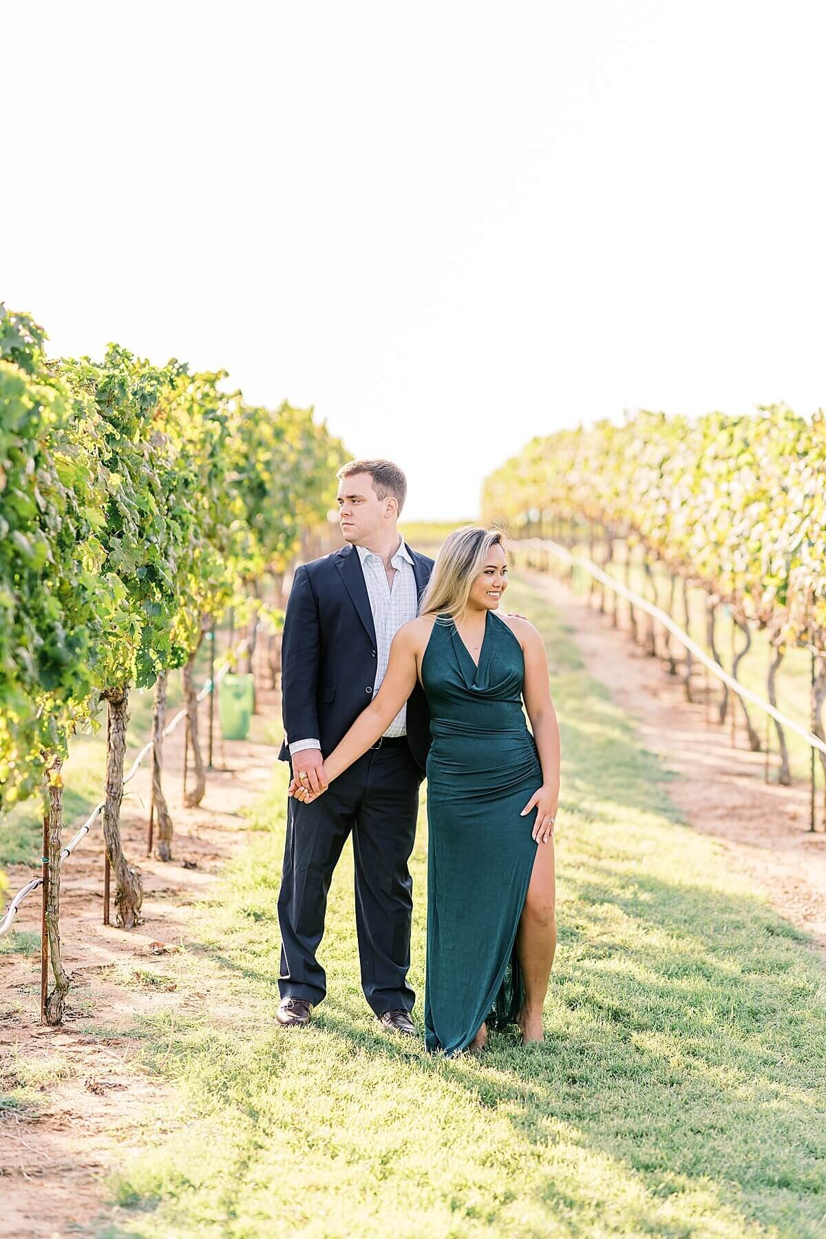 Texas-Hill-Country-Vineyard-Engagement-Portrait-Session-Alicia-Yarrish-Photography_0027