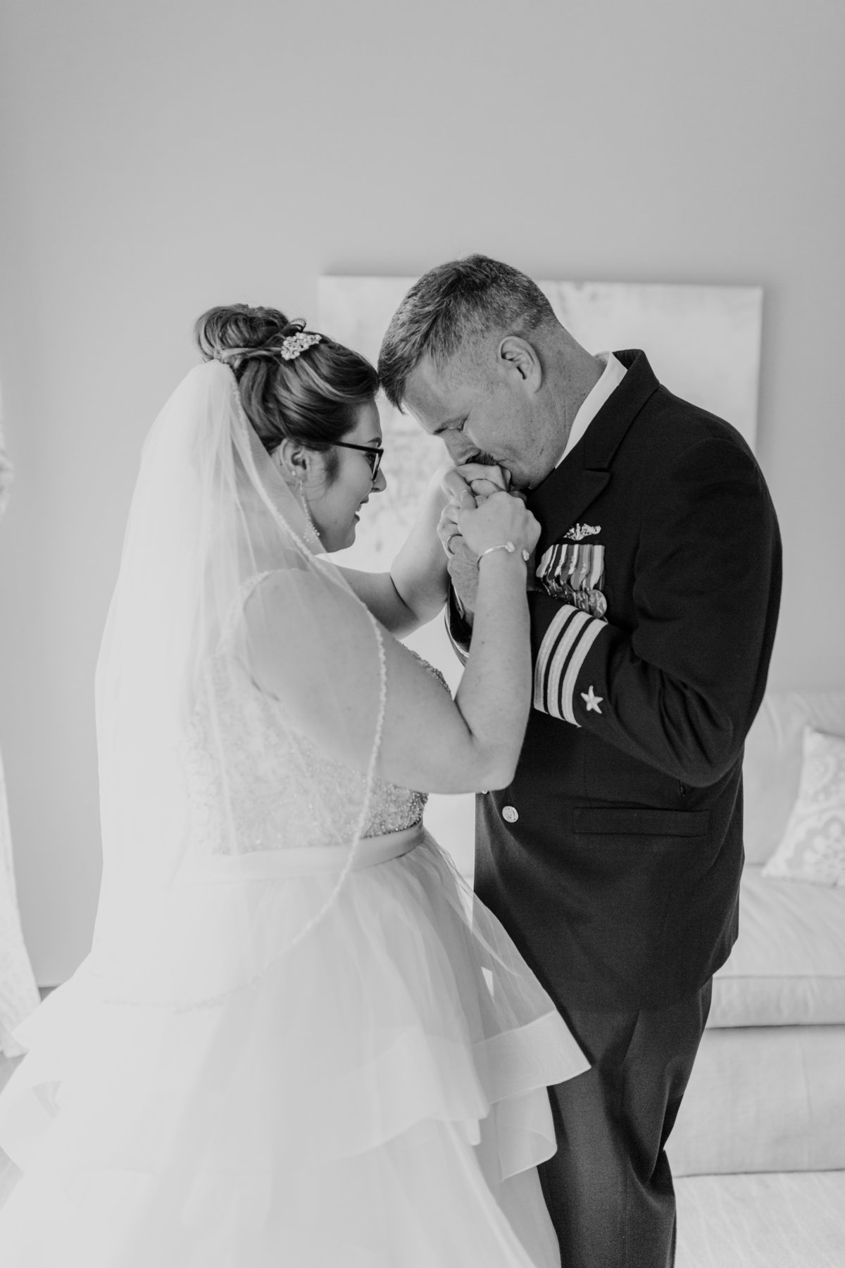 Bluestone_Vineyard_Fall_Wedding_Virginia_DC_Photographer_Angelika_Johns_Photography-9635-2