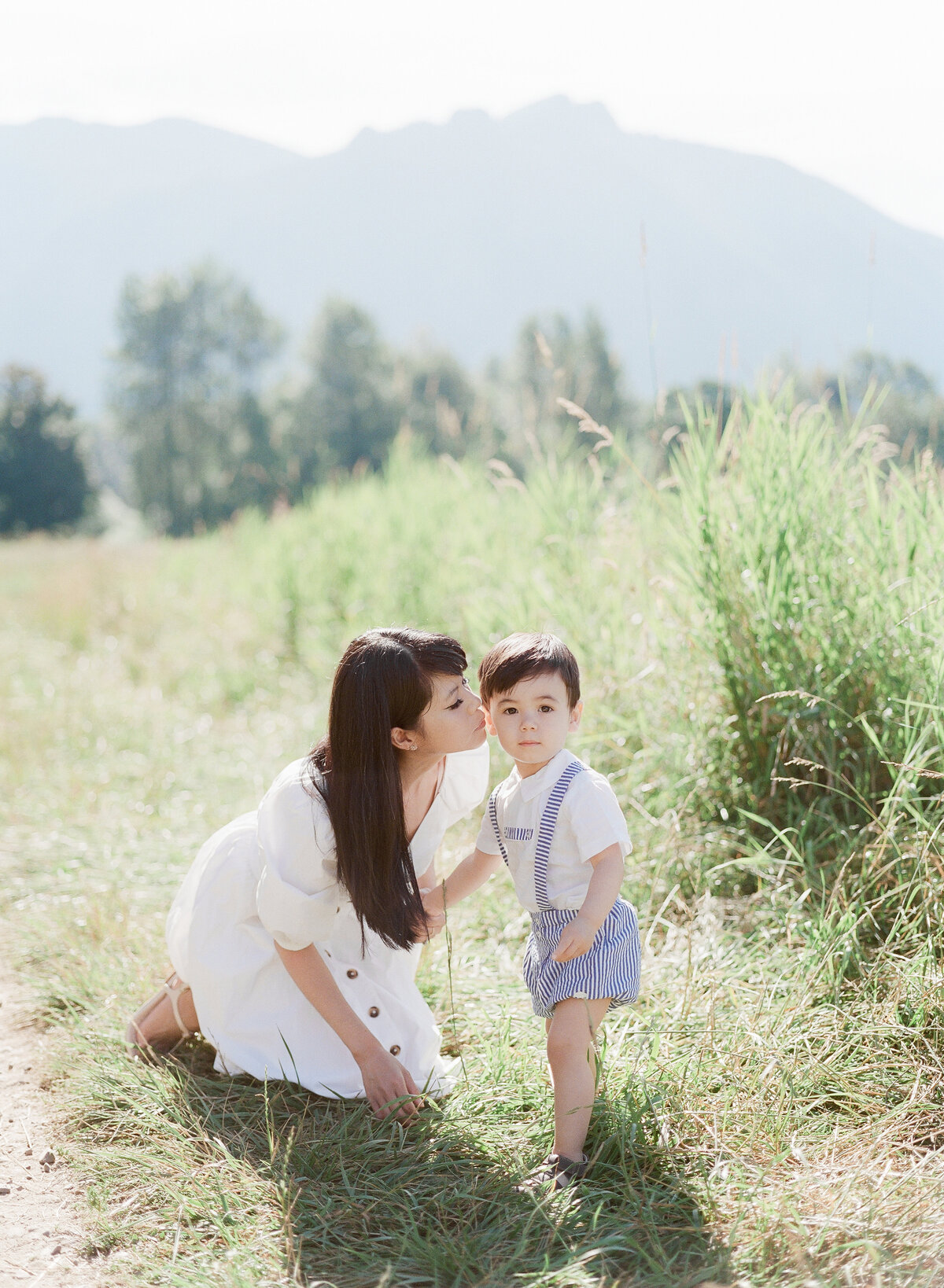 Tiffany, Ryan, and Ronan - Family Session - Tetiana Photography-29