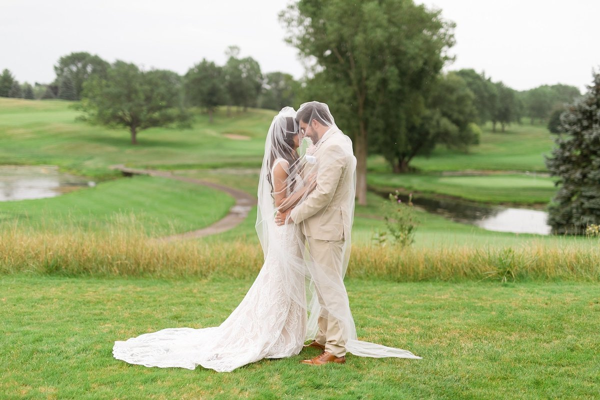 Lauren-Nate-Paint-Creek-Country-Club-Wedding-Michigan-Breanne-Rochelle-Photography91