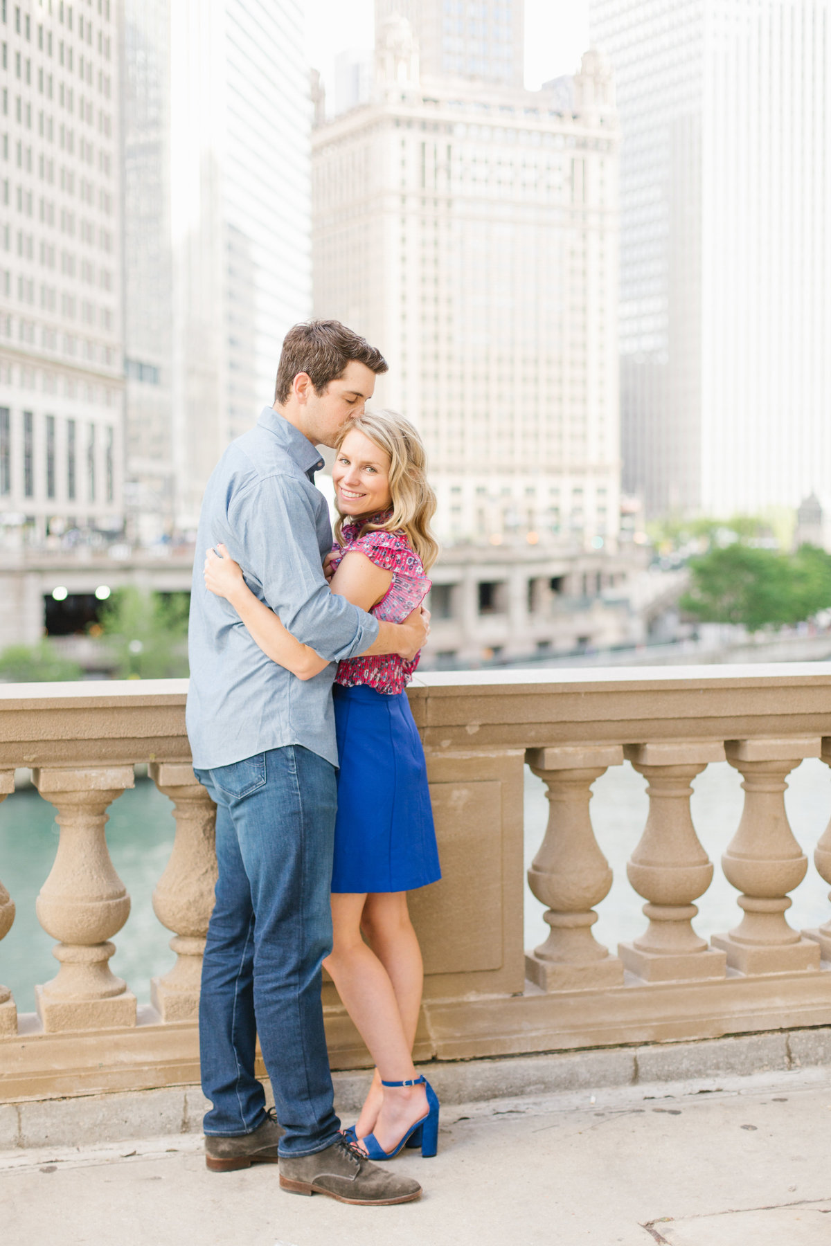 chicago-engagement-photography-wrigley-building-22