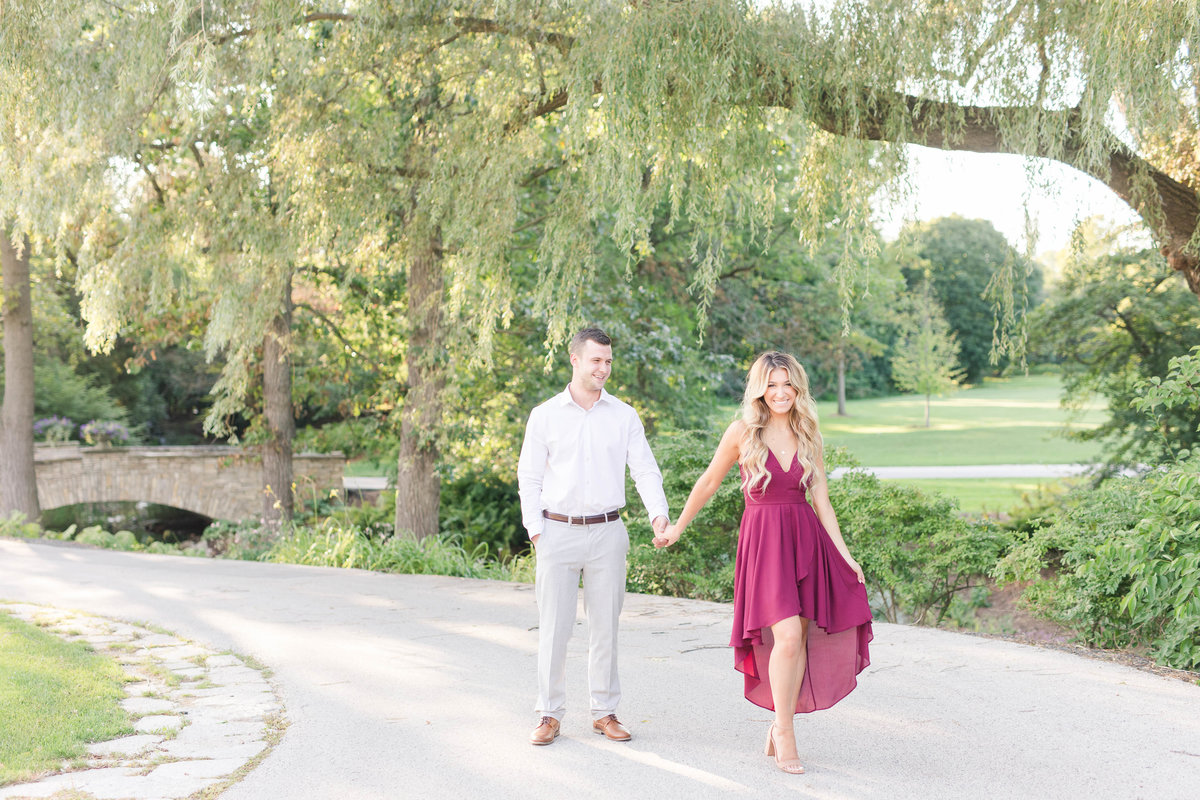 riverbend-country-club-engagement-Katie-schubert-wisconsin-wedding-photographer-9