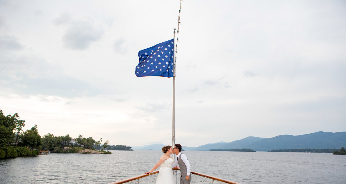 Lake George NY wedding on steamboat