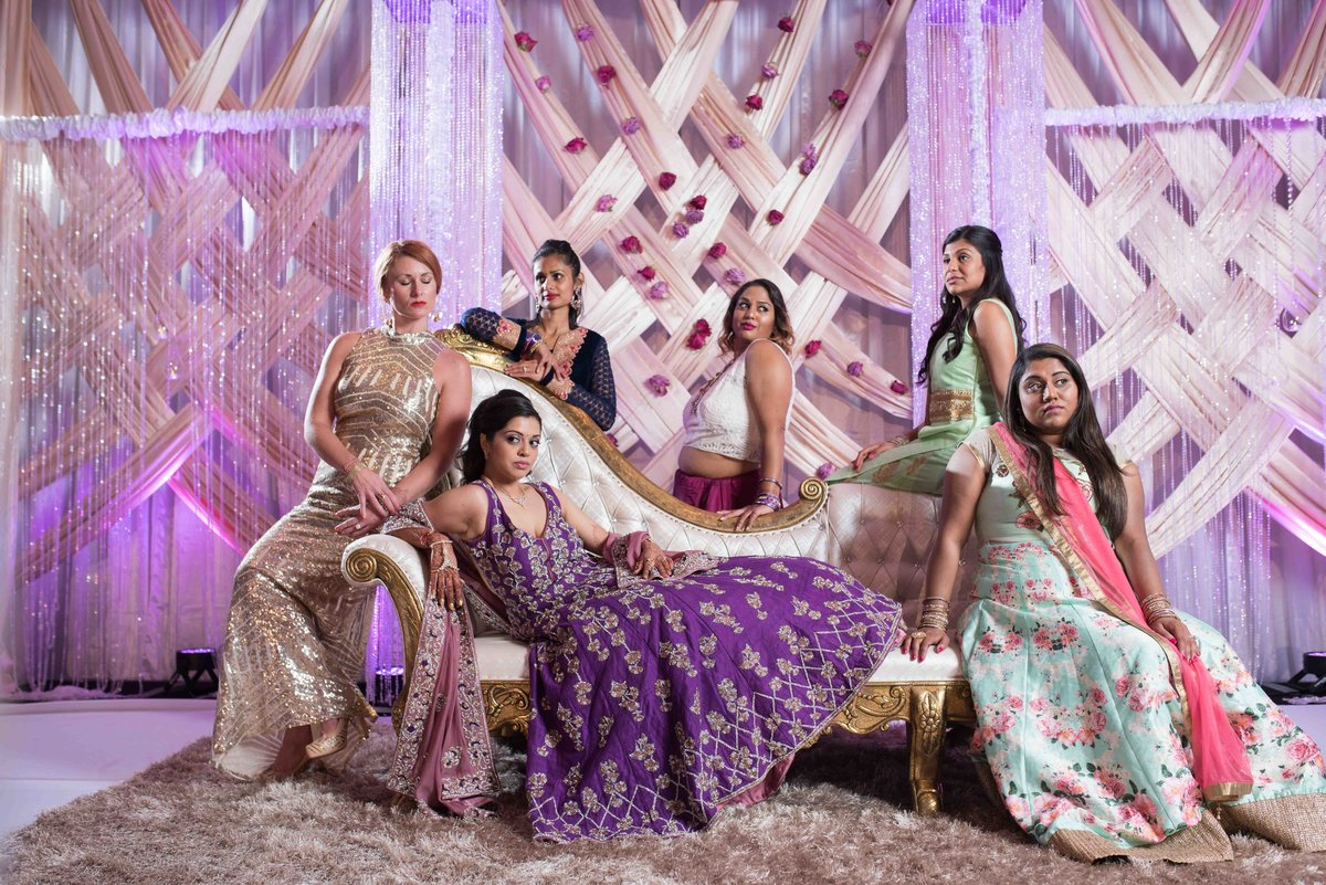 indian-bride-bridesmaids-kc-0001