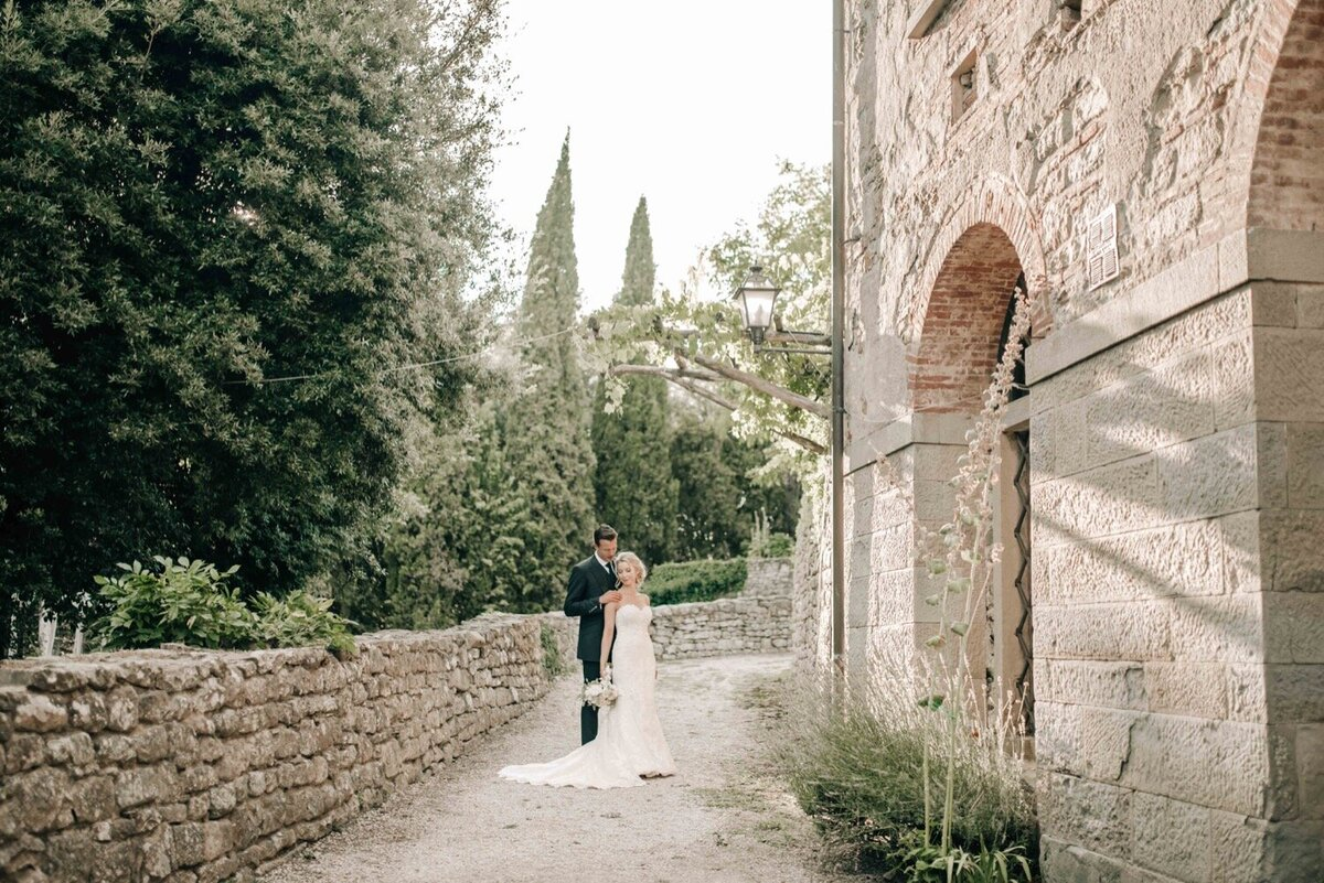 105_Tuscany_Luxury_Wedding_Photographer (115 von 215)_So thankful to be a luxury destination wedding photographer in Tuscany! Claire and James invited their beloved family & friends from London to their luxury wedding in Tuscany.