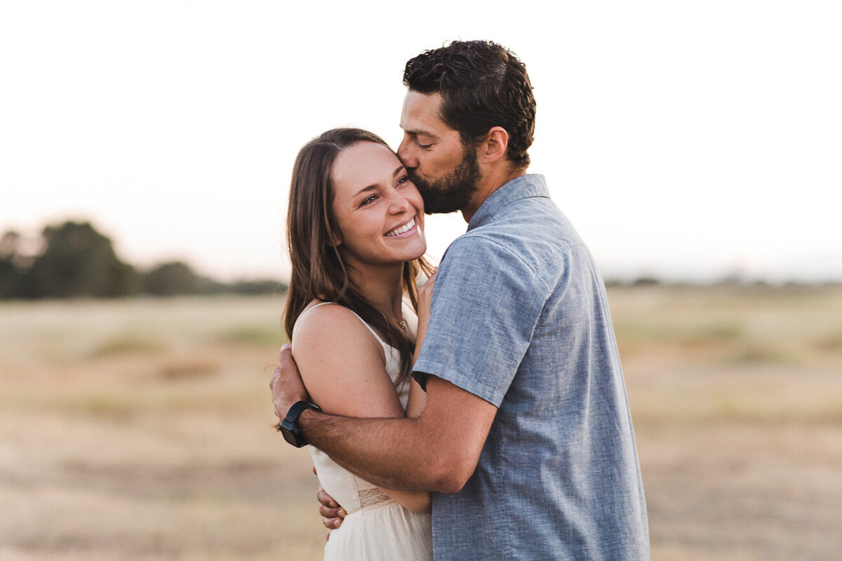 AVH_Photography_engagement_session_bidwell_park_california__V1_8560