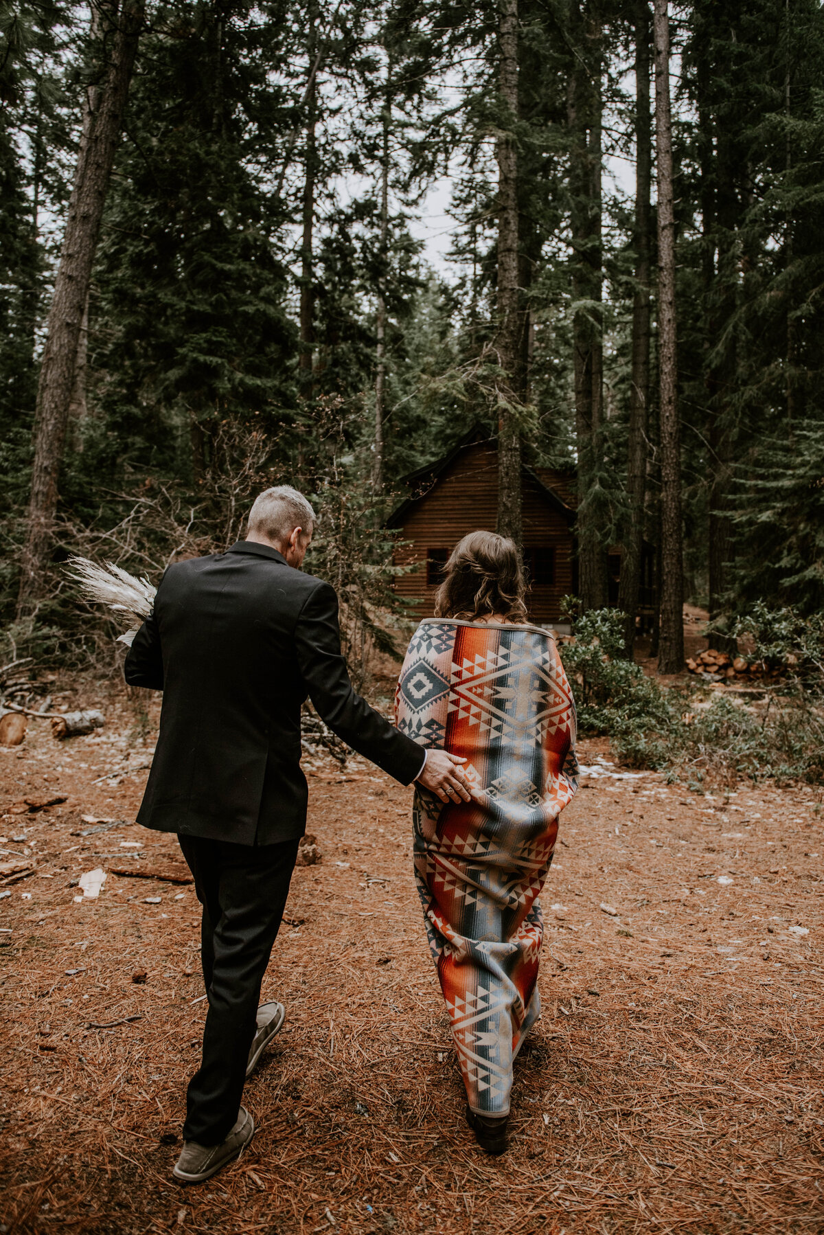 suttle-lake-sisters-oregon-lodge-woods-vow-renewal-photographer-wedding-elopement-2941