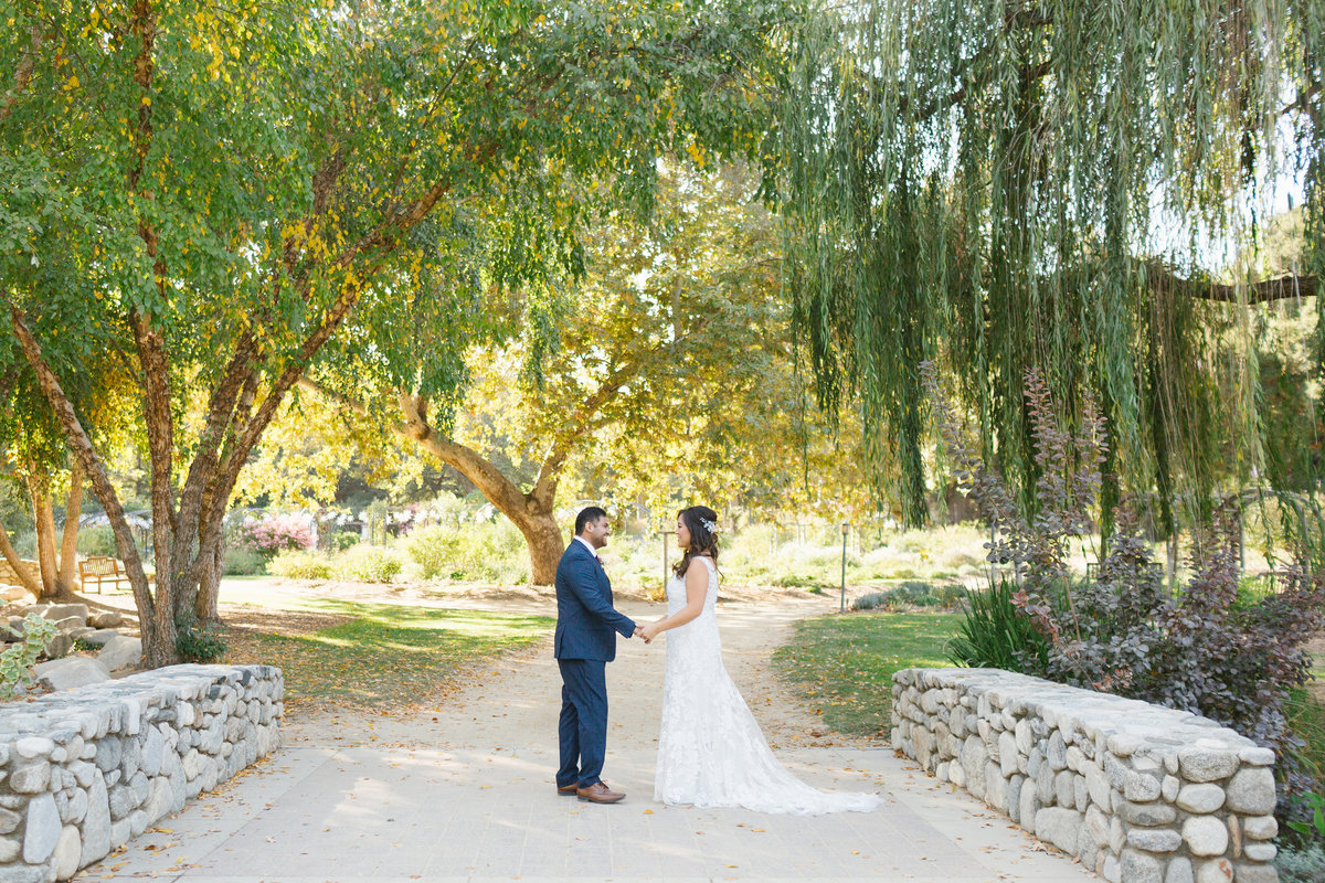 descanso-gardens-fall-wedding-photos-12
