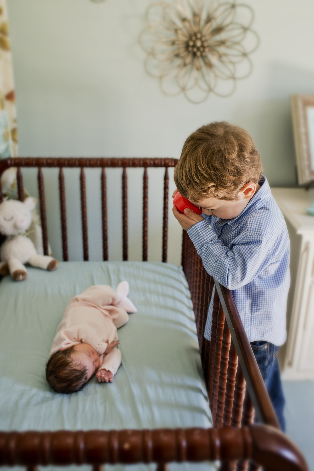 Lifestyle Newborn Photographer, Alexandria, VA