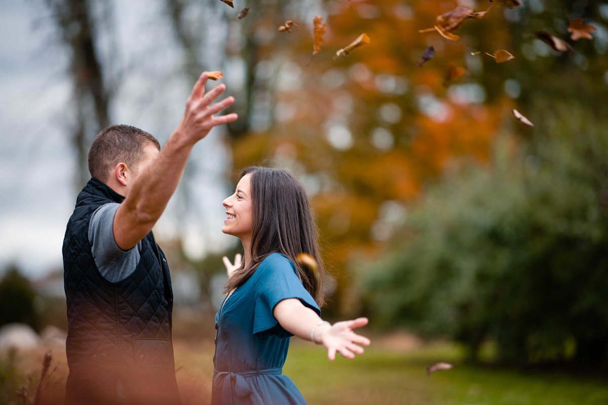 09 fall engagement photos at lapsley orchard ct for stonehurst at hampton valley wedding