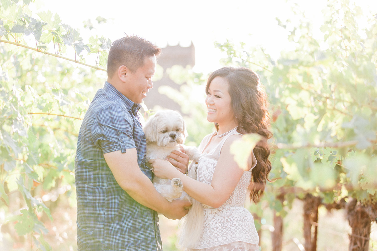 002_NapaValley-EngagementSession-withDog