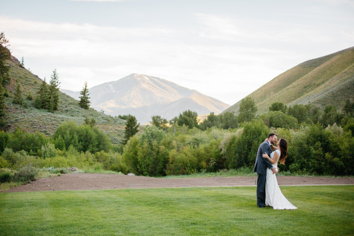 sun-valley-idaho-wedding-trail-creek-lodge-philip-casey-photography-098