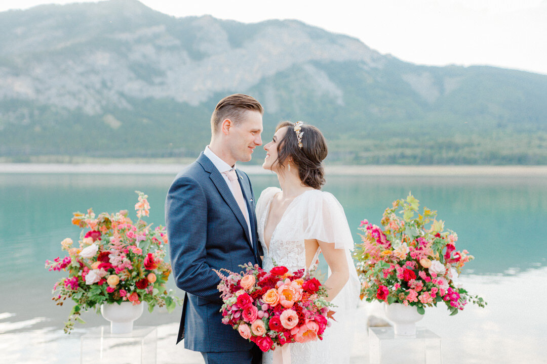 Junophoto_barrier_lake_elopement_banff-005