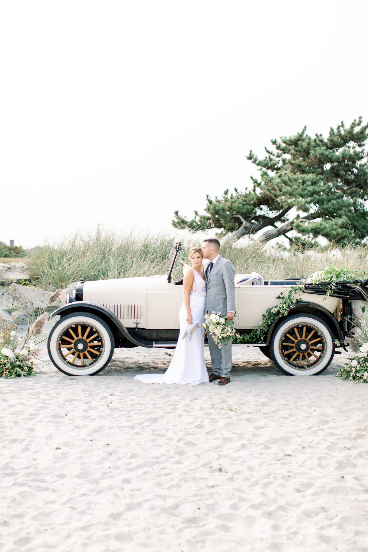 Newport-Beach-House-RI-Wedding-RI-Wedding-Planner- (214)
