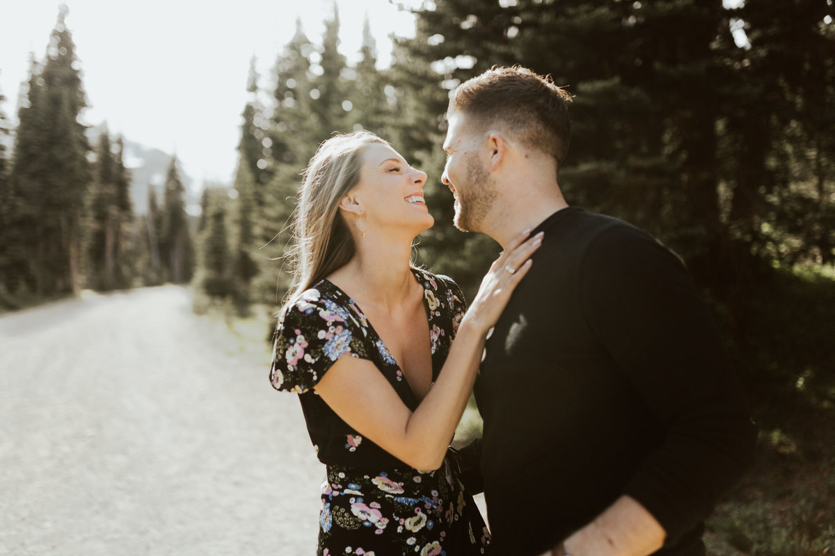 Marnie_Cornell_Photography_Engagement_Mount_Rainier_RK-32