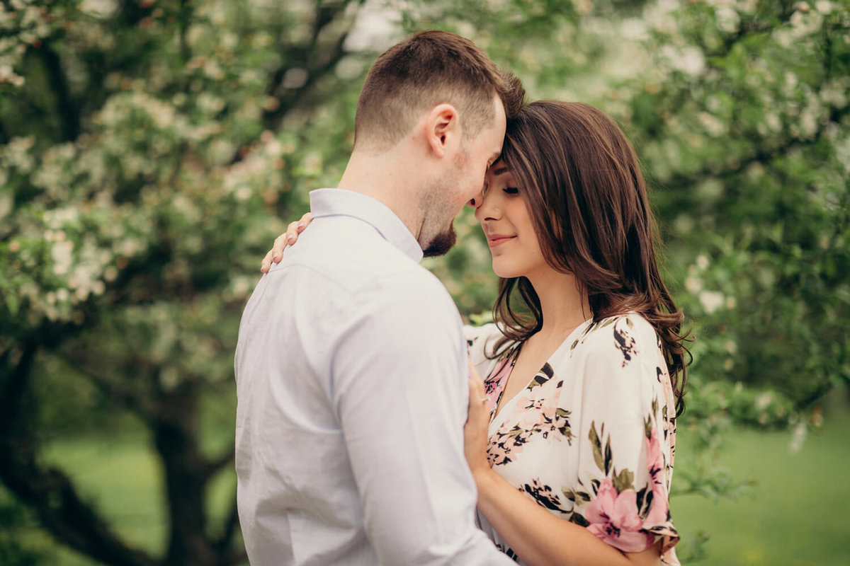 spring-engagement-photoshoot-in-kitchener