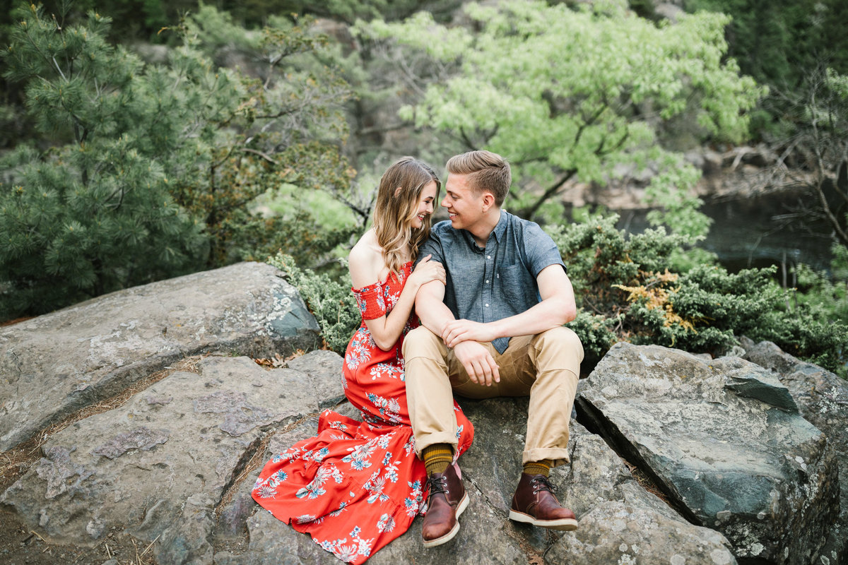 Taylors-Falls-Minneapolis-Spring-Engagement-21