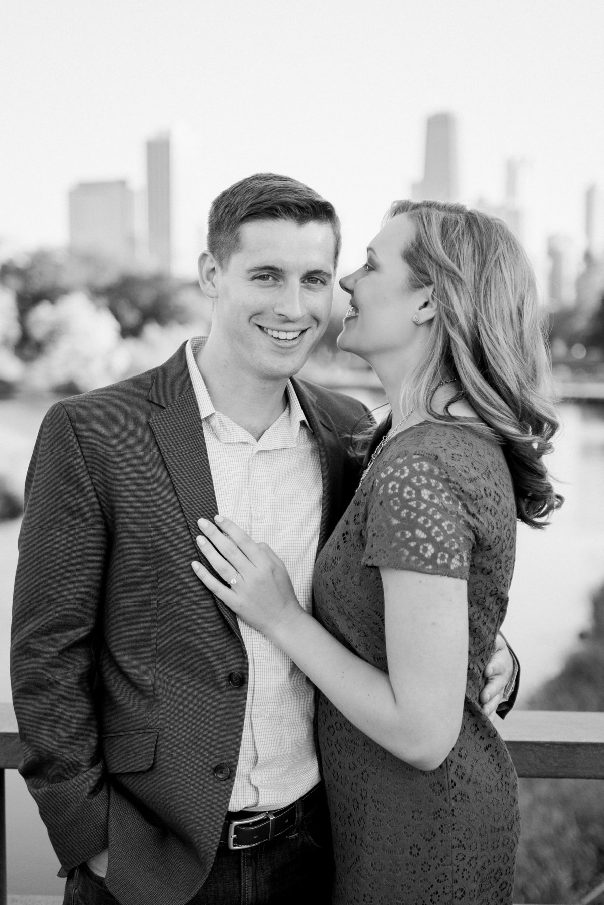 lincoln-park-engagement-chicago-the-paper-elephant-0009