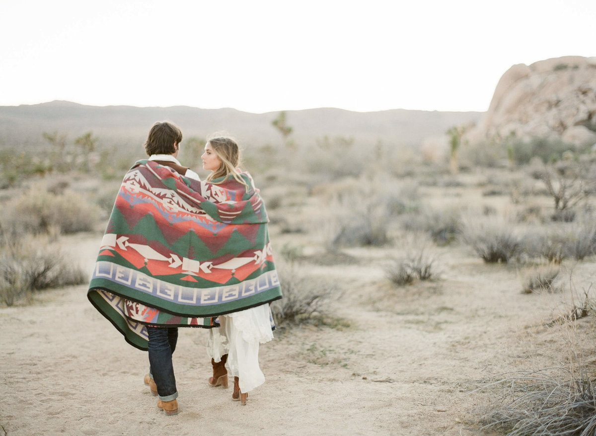 24-KTMerry-fine-art-photography-desert-engagement-Joshua-Tree