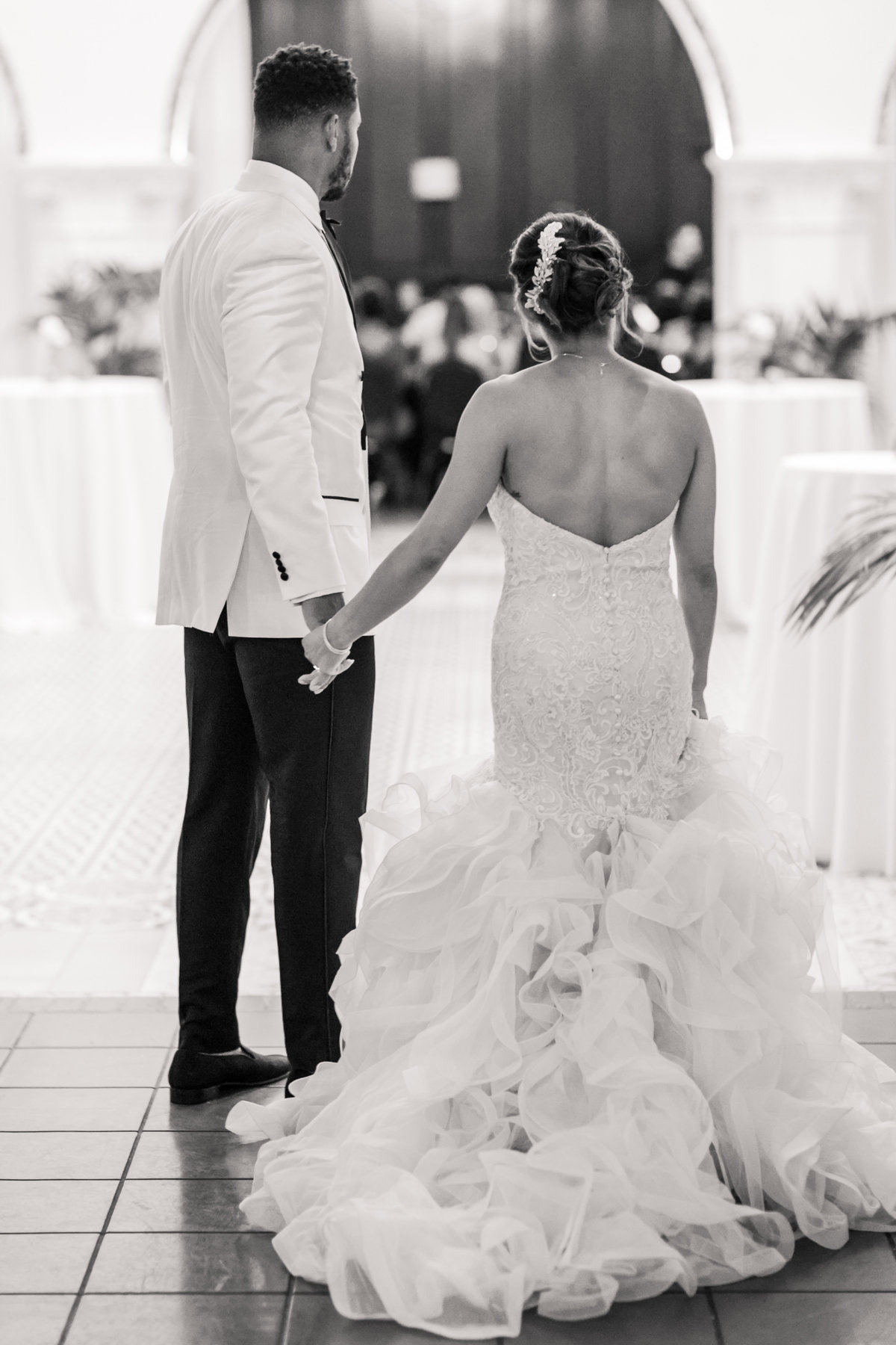 Ebell_Los_Angeles_Malcolm_Smith_NFL_Navy_Brass_Wedding_Valorie_Darling_Photography - 118 of 122