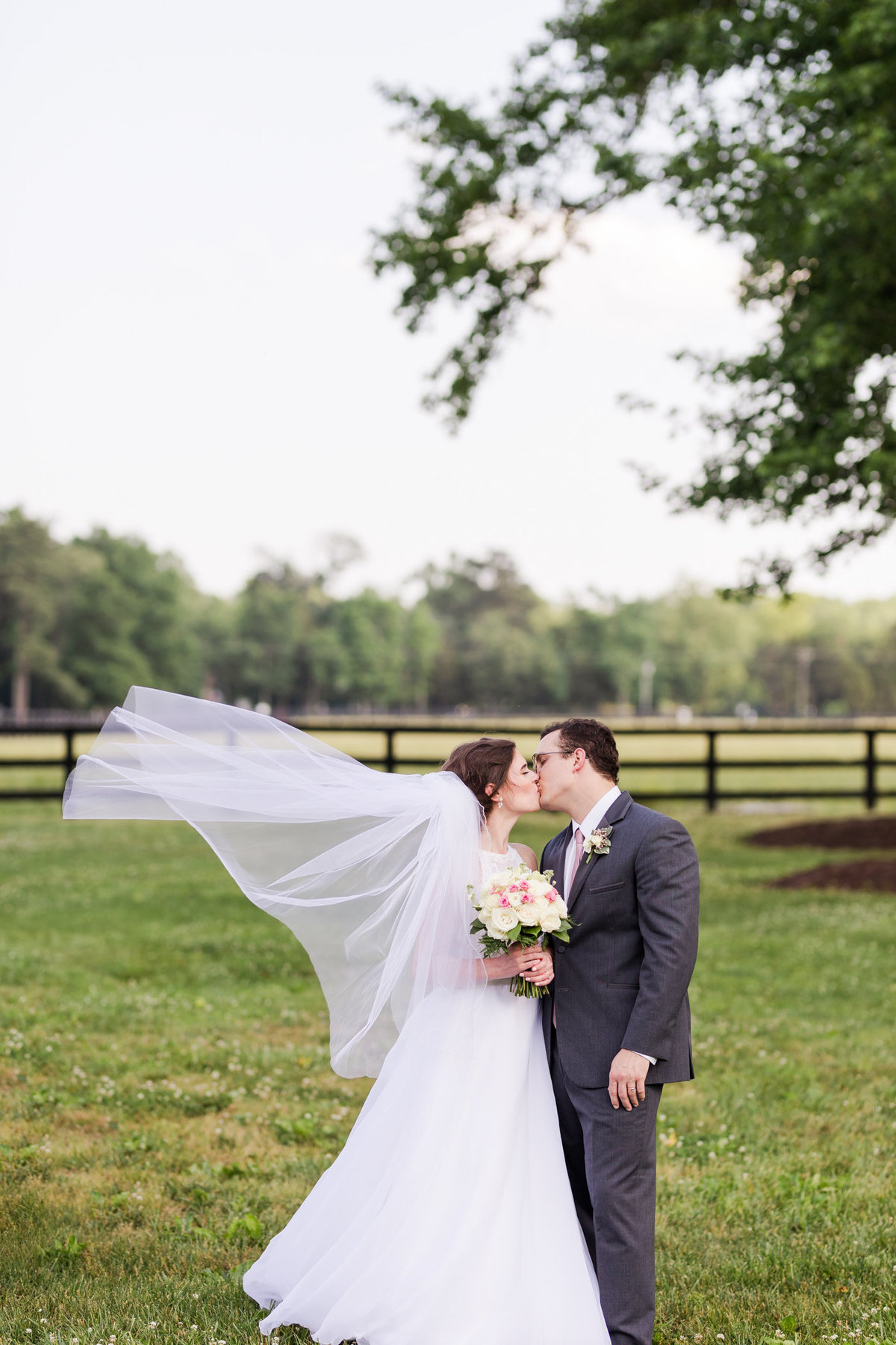 alturia-farm-wedding-luke-and-ashley-photography-17