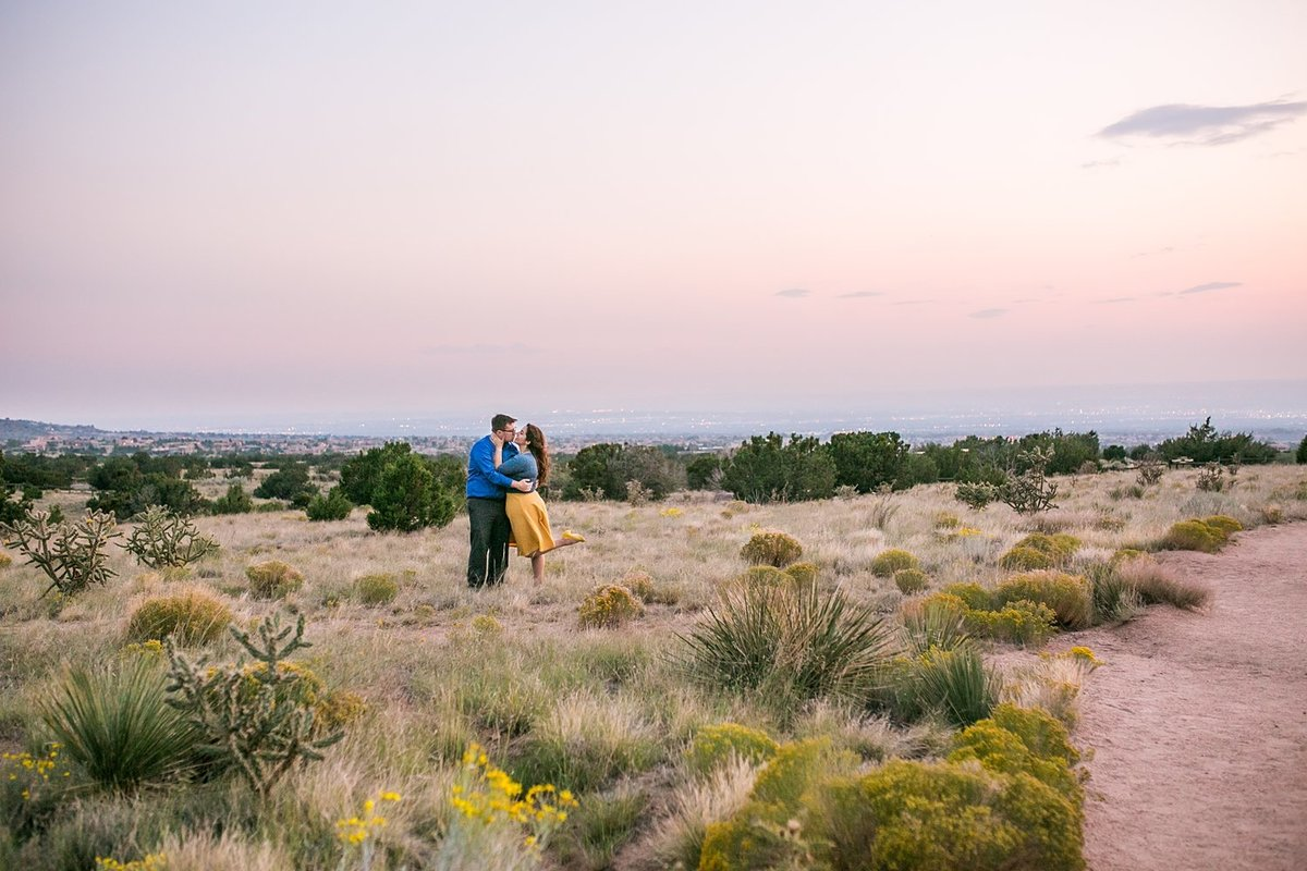 Albuquerque-engagement-photographer-Sandia-mountains (4)